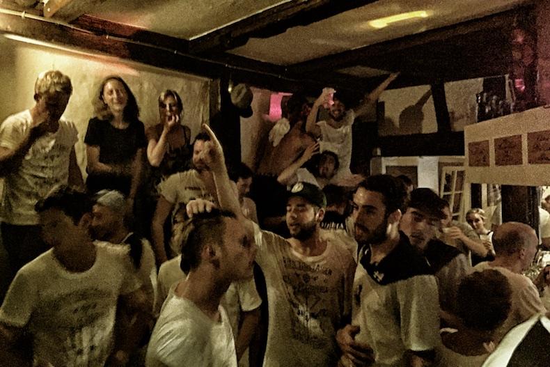 party meute